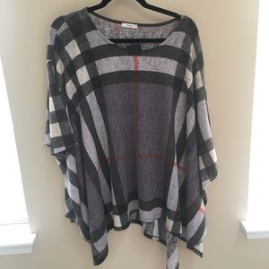 Sweaters - Boutique plaid poncho